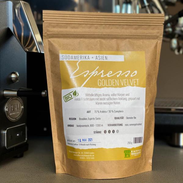 Kaffeemaschinenprofis_Espresso_GoldenVelvet_1.jpg